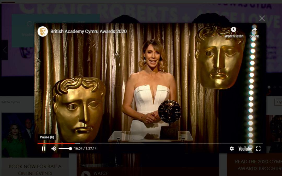 Host; Alex Jones with BAFTA Cymru 2020 award made with engraved welsh slate at inigo jones slate works
