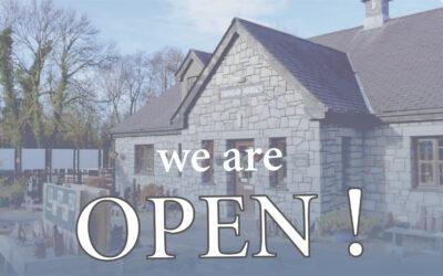 Shop Open! Siop Ar Agor!